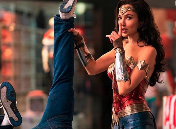【左大紳活】如何練成《神力女超人》?用好身材來迎接夏天!適合上班族的Superset 鍛鍊法