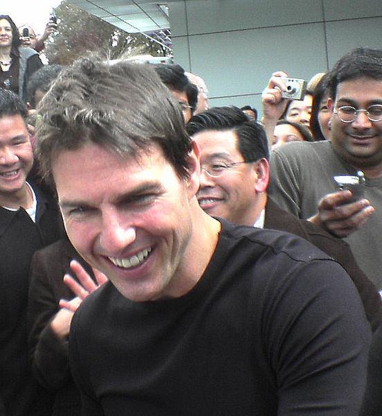552px-Tom_Cruise_2006.jpg