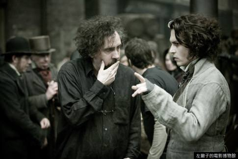 johnny-depp-and-tim-burton-in-sweeney-todd--the-demon-barber-of-fleet-street
