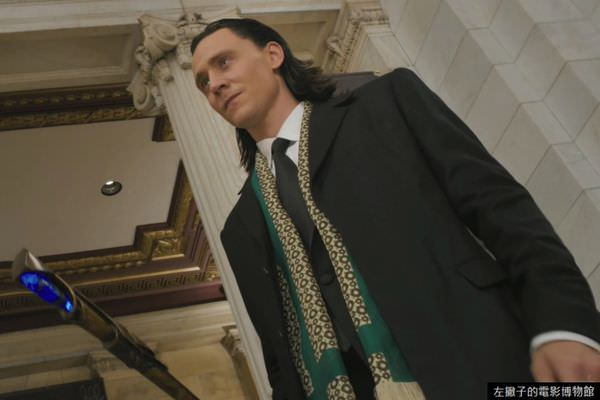 Tom-Hiddleston-The-Avengers-Loki