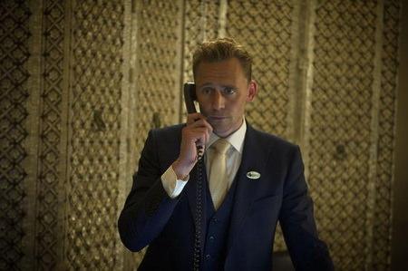[歐美影集] 夜班經理(The Night Manager)  湯姆希德斯頓 抖森 Loki s1ep6 (V怪客面具補充)
